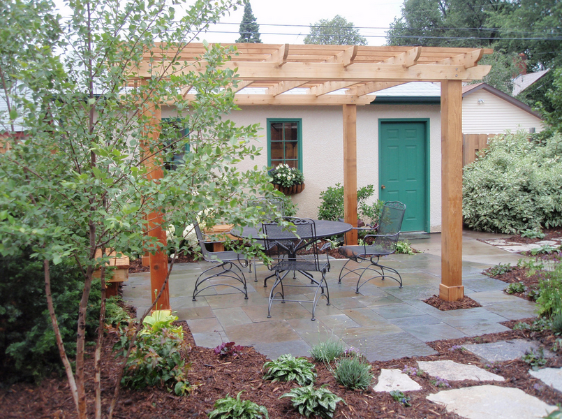 D co abri jardin unopiu nantes 22 abri de jardin pvc for Abri de jardin nantes