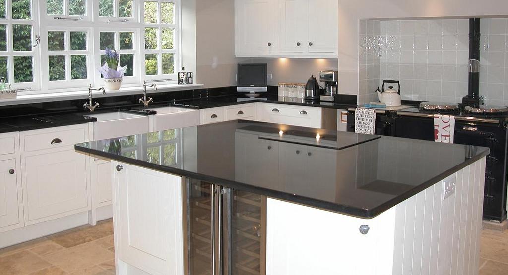 Kuchyně černobílý styl
