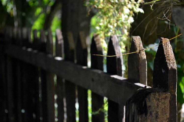 Zahradní plot dřevěný