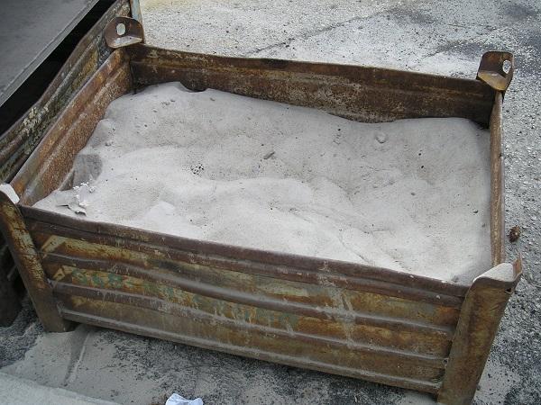 Křemičitý písek na spárování zámkové dlažby
