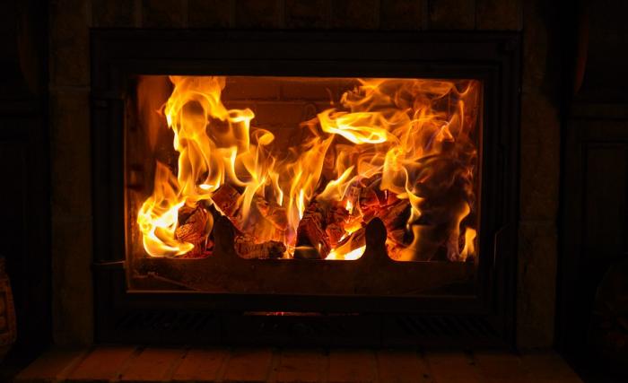 Krbová kamna, oheň