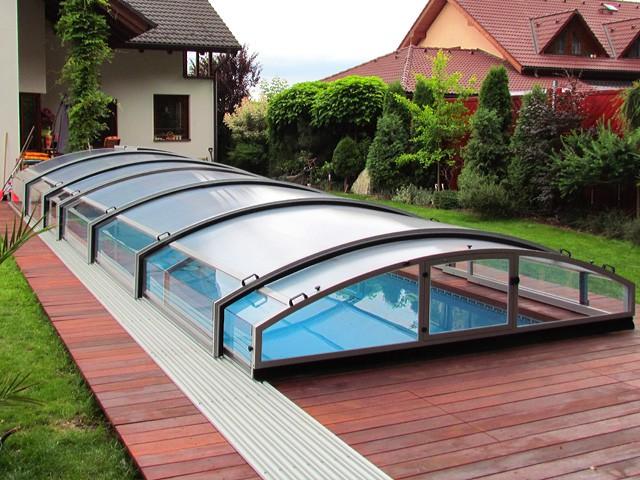 Jednokolejnicové zastřešení bazénu