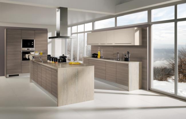 Moderní kuchyně se středovým ostrůvkem - Rea Modřín