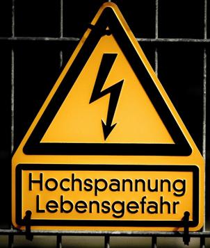 Hrozí nebezpečí ... úraz elektrickým proudem